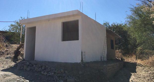 Construyen viviendas para 88 familias damnificadas en Acatlán