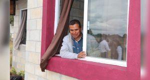Entregan vivienda a poblanos que padecen discapacidad visual