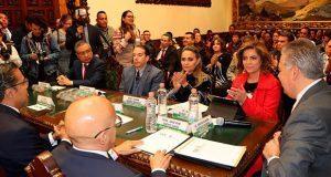 Firman convenio por la ética y estabilidad laboral en Puebla