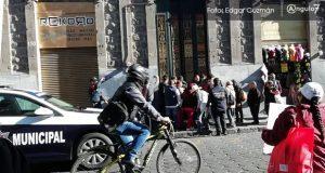 """""""Naranjitas"""" irrumpen en oficinas de sindicato; hay al menos 10 detenidos"""