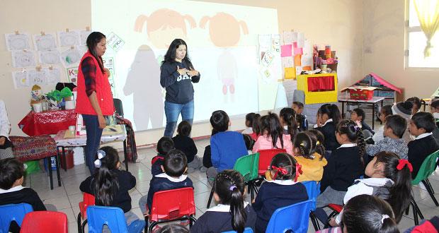 En Ocoyucan, imparten pláticas de orientación a niños y jóvenes