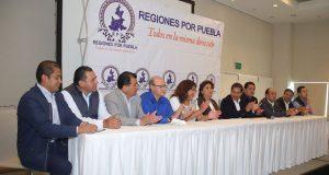 Panistas encabezados por Saturnino López respaldan a Genoveva Huerta