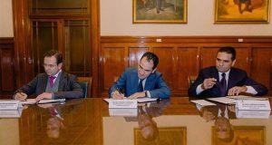 Federación y Michoacán firman convenio para nómina magisterial