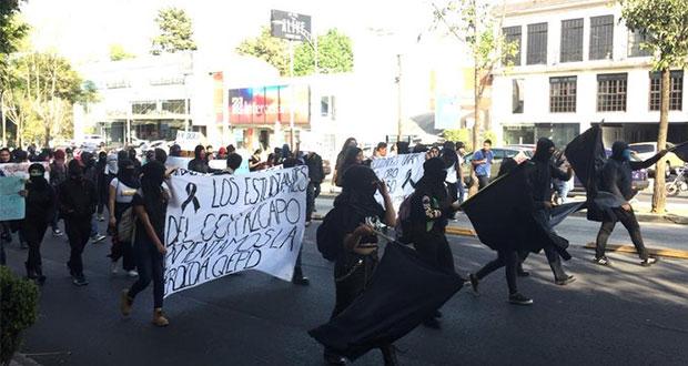 Tras muerte de alumno en UNAM, marchan para exigir mejor servicio médico