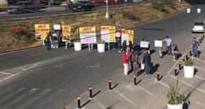 Divide a vecinos colocación de bolardos en La Paz; van 6 atropellamientos
