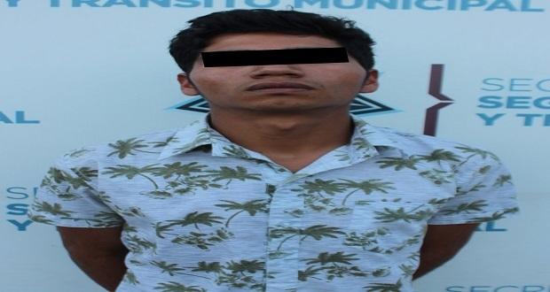 Detienen a sujeto con medio kilo de posible mariguana en la CAPU