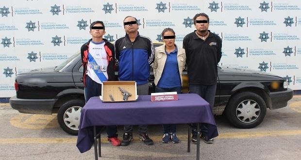 Detienen a cuatro personas en posesión de arma sin permiso
