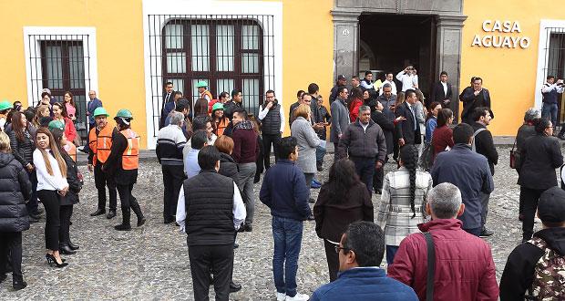En macrosimulacro, evacúan Casa Aguayo 156 personas en 1.20 minutos
