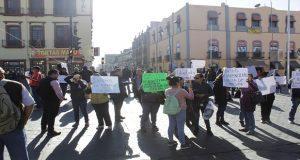 """Nuevamente protestan """"naranjitas"""" y cierran la 11 Norte"""