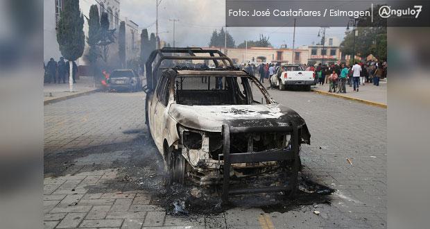 Escala protesta en Amozoc: pobladores retienen a edil y GN lo rescata