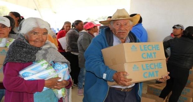 Secretaría de Bienestar da 50 mil litros de leche en Tlachichuca