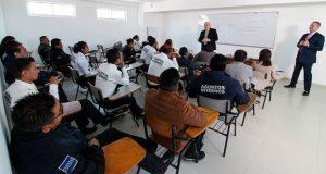 Autoridades de EU capacitan personal de asuntos internos de la SCC