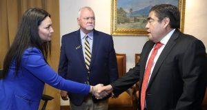 Barbosa busca alianza educativa y de inversión con universidad de EU