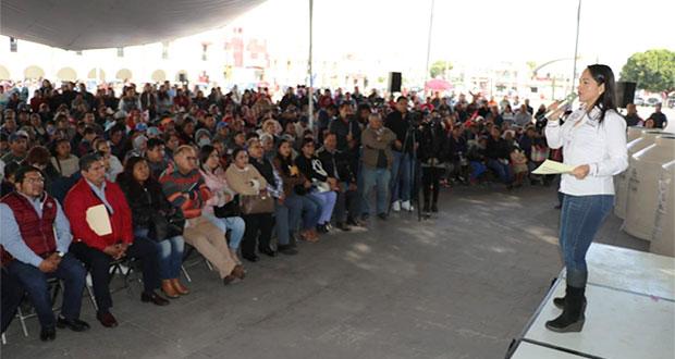 Entregan en Huejotzingo 485 calentadores y 150 contenedores de agua