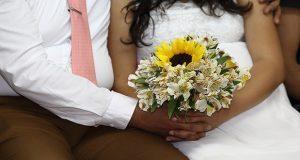 Con matrimonios gratuitos, consolida Segob la unión de 160 parejas