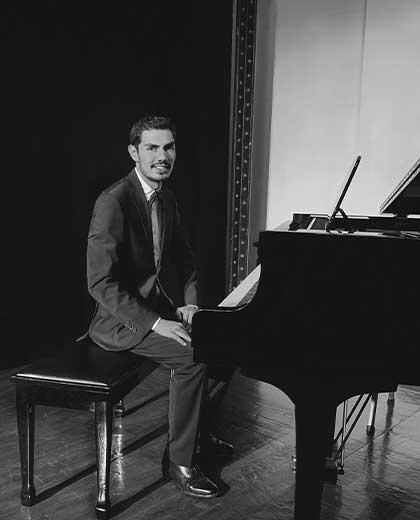 Pianista Víctor Martínez