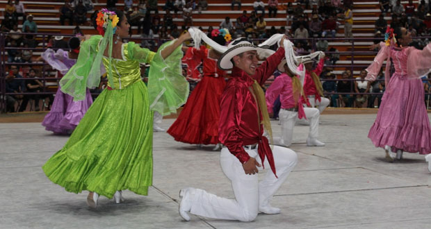 """La Plaza """"La Antorcha"""" se llena de cultura"""
