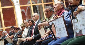 Reconocen a 50 ciudadanos de Xonaca por sus conocimientos en oficios