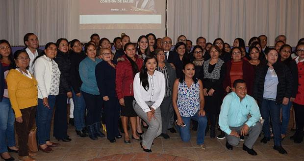 Salud estatal capacita en prevención a regidores de 120 municipios