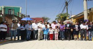 Invierte ayuntamiento más de 2 mdp para adoquinar calles en Caleras