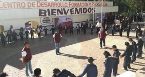 52 alumnos aprenden sobre labores de los tres poderes en Puebla