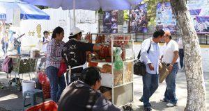 Comuna ordenará ambulantaje en escuelas; son familiares de alumnos