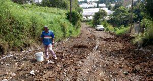 Denuncian vecinos de Tenango condiciones indignas de calles