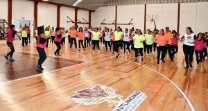 Más de 300 acuden a clases de activación física en Cuautlancingo