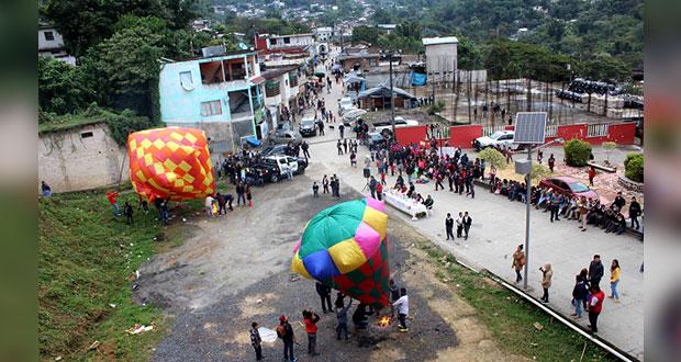 En concurso de globos, alumnos de Huitzilan aplican conocimientos
