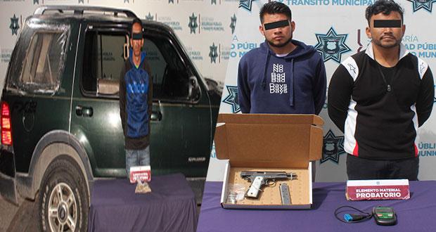 Detienen a tres por robo y portar armas sin permiso