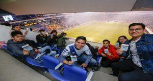Poblanos disfrutan gratuitamente partidos de futbol en el Cuauhtémoc