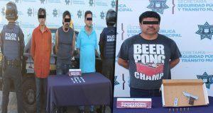 Detienen a 4 en Puebla y San Miguel Espejo con cocaína y un arma