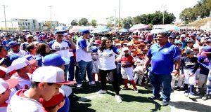 Inicia torneo de beisbol en Puebla con 112 equipos