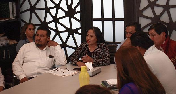 Alcaldesa de Cuautlancingo realiza mesas de trabajo en Sanctorum