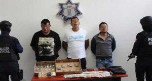 """Caen 3 de célula ligada al """"Negro""""; vendían drogas en 46 Poniente: SSP"""