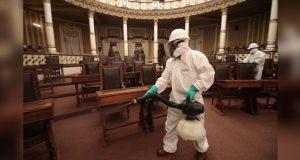 Congreso de Puebla aplica sanitización nivel hospital a su sede
