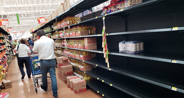 Economía realiza plática con comerciantes para evitar desabasto