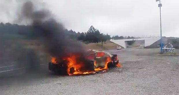 Incendian patrulla y amagan con quemar estación de PF en Esperanza