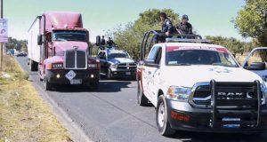 Policías de Huejotzingo detienen a 4 por robo a transporte de carga