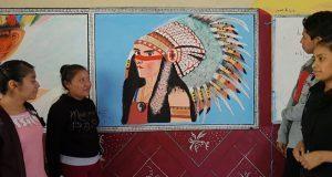 En bachillerato de Olintla, usan la pintura como crítica social