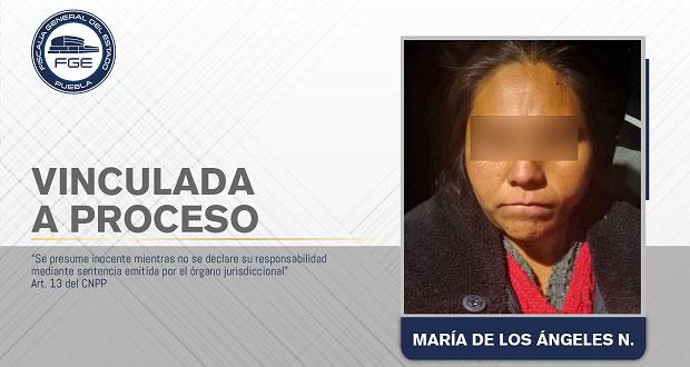 Vinculan a proceso a madrastra por feminicidio de niña en Zacatlán