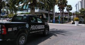 Golpean a hombre acusado de robar en AT&T de Lomas de Angelópolis