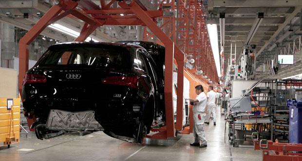 Audi en Puebla frenará producción dos semanas por falta de piezas