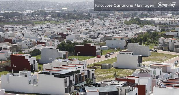 """Venta de viviendas """"baratas"""" en Puebla cae 62% y de casas usadas baja 13%"""