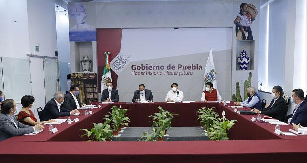 En Puebla, 309 indígenas y 84 personas mayores sin defensa adecuada