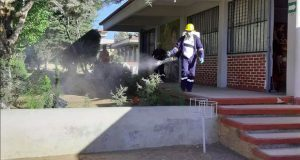 Desinfectan secundaria técnica en Libres