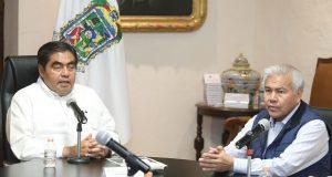 Generar cadenas de solidaridad ante contingencia, pide Barbosa