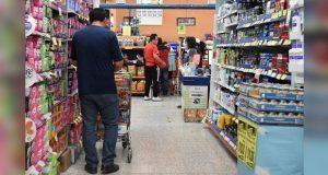 Piden a tiendas que horarios no sean obligatorios para vulnerables