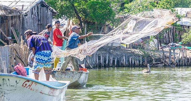 Conapesca adelantará apoyos por 391.7 mdp a acuicultores y pescadores
