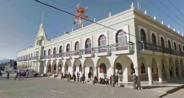 Edil de Ajalpan pide licencia; lo investigan por vínculos con delincuencia